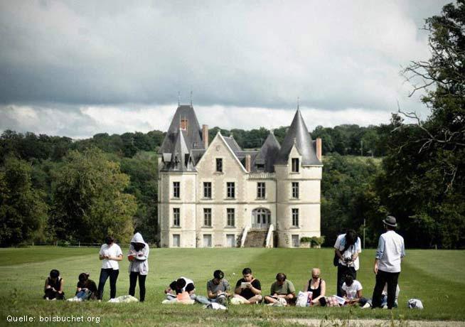 CIRECA organisiert wieder eine Sommerakademie für Grafik Design (er) auf der Domaine de Boisbuchet.